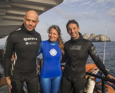 Freedivers and a diver ! Fred Buyle, Sandra Bessudo et Pierre Frolla