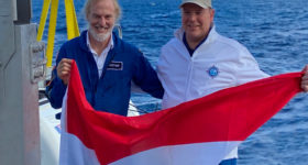 HSH Prince Albert II of Monaco-and-Victor-Vescovo-after the Calypso Dive, -5117m, Greece-fev-2020©BF